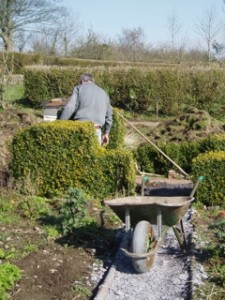 Laying Slate Paths in the Veg Garden